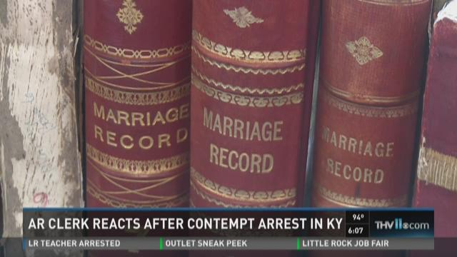Watch Story: Ark. clerk reacts after contempt arrest in Kentucky